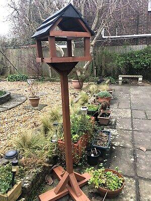 bird table feeder