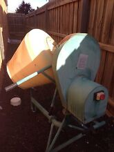 Cement mixer Point Cook Wyndham Area Preview
