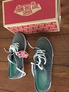 Vans woman's size 6.5 Atwood Low