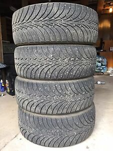 Goodyear UltraGrip Ice 215/55/16