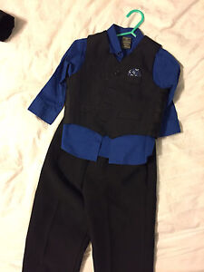 Toddler boys 24 month 3 piece suit