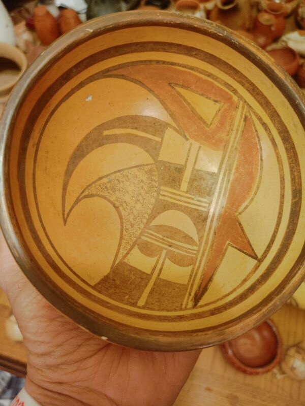Old Unsigned Awesome Hopi Pueblo Pottery Bowl 2 1/4 tall by 5 1/2 wide