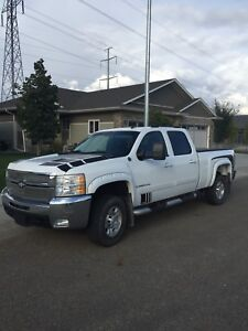 2008 2500 Duramax LTZ with GFX Pkg Very Clean, Must See