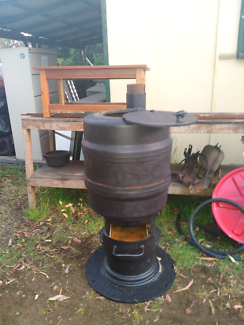 Pot belly heater for shed
