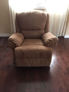 Beige Lazy-boy recliner