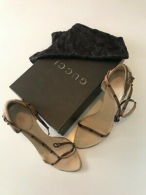 Ladies vintage beige Gucci high heel shoes, size 7