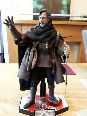 Hot Toys Star Wars Last Jedi Luke Skywalker 1/6th Figure