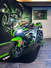 Kawasaki !! SIGNED BY JR !! Ninja ZX-10R KRT JR65 Edition
