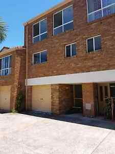 Share House with Ensuite Available. Coolangatta Gold Coast South Preview