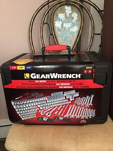 """GearWrench 239 Pc. 1/4"""" 3/8"""" 1/2"""" SAE/Metric 6&12Pt."""