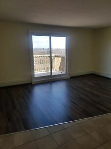 CLAYTON PARK'S BEST 1 BEDROOM AVAILABLE MARCH 1ST