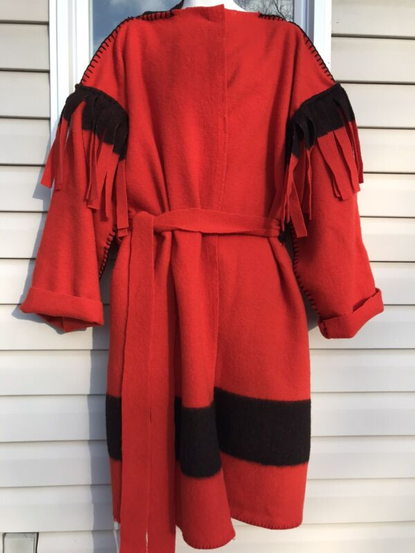 2XL WOOL BLANKET BLACK POWDER MOUNTAIN MAN CAPOTE COAT JACKET RED BLACK BEADED