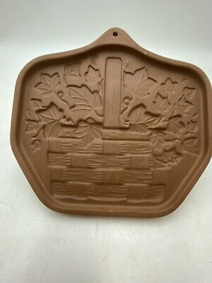 The Workshop Of Gerald E Henn  Signed Pottery Trivet/Wall Hanging