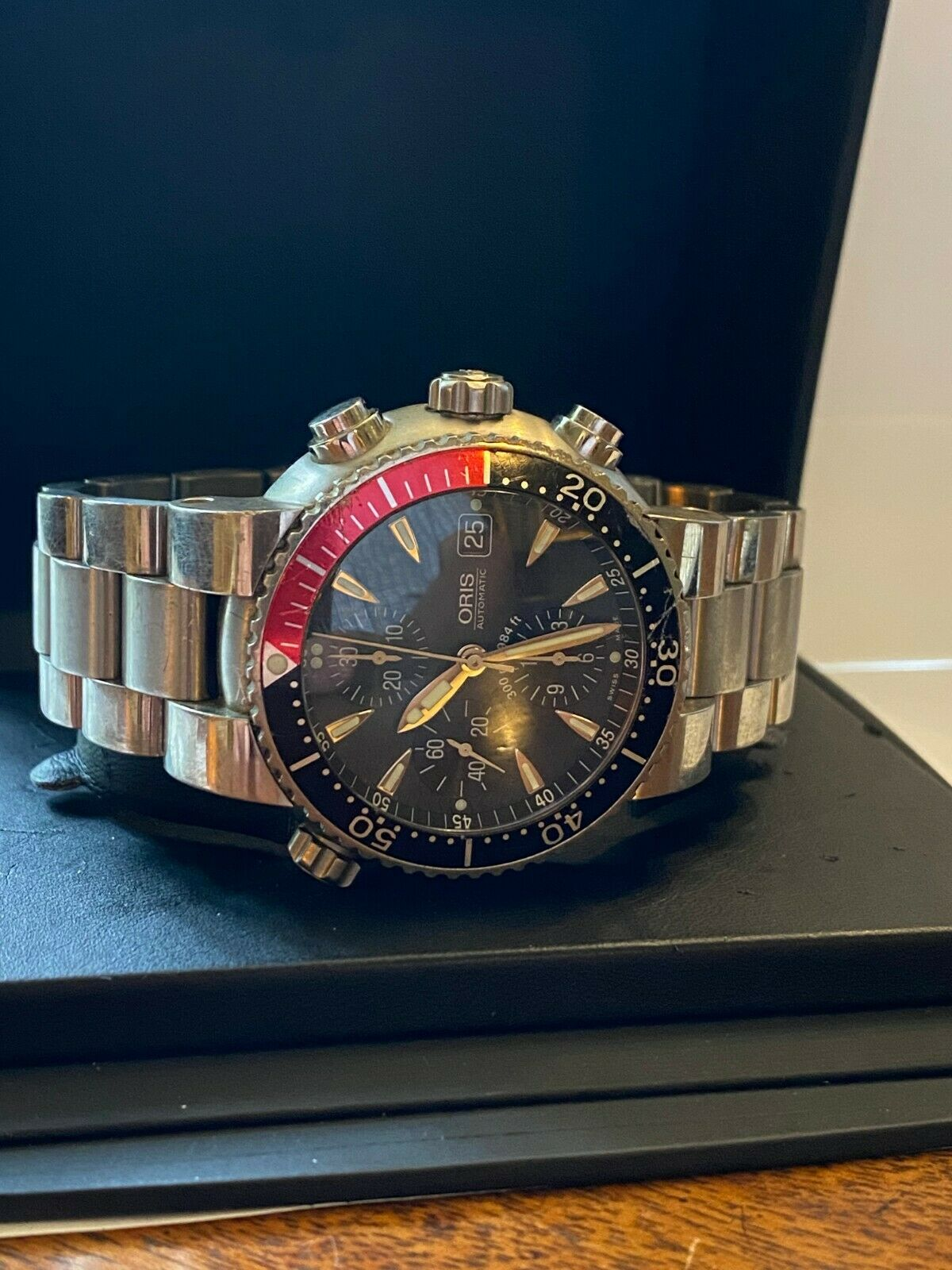 ORIS DIVERS TITAN CHRONOGRAPH with box, papers and spare links. - watch picture 1