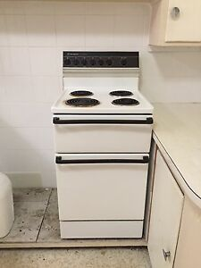Westinghouse electric oven Kotara Newcastle Area Preview
