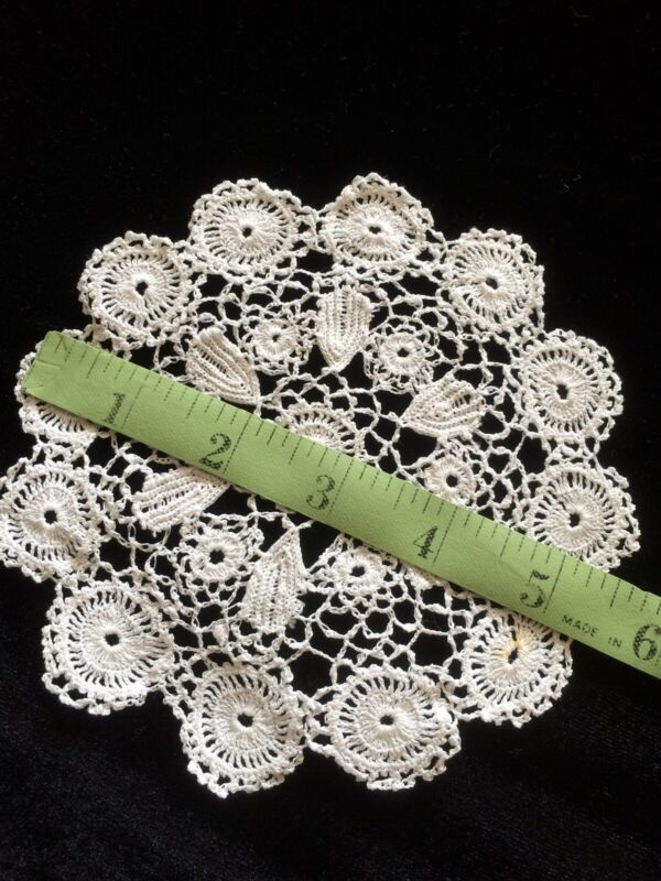 Antique Primitive Lace Round Coarse Trim Salvage Fabric Dolls Costume Projects