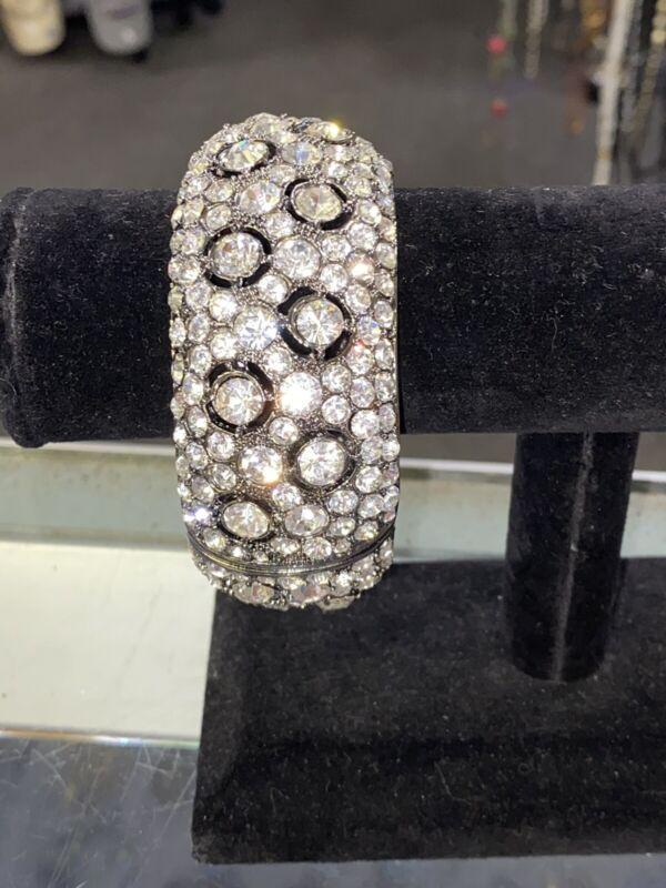 Vintage Clear Rhinestone Bracelet Beautiful Vtg Statement Magnetic Clasp B