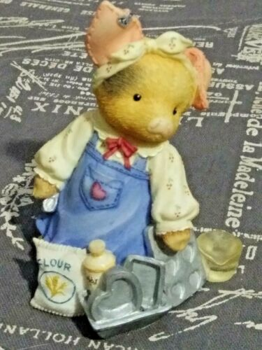 1997 Enesco TLP This Little Piggy I LOVE BACON Pig w/ cooking pans #319570