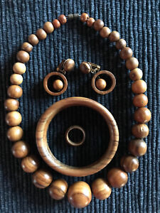 "19"" Provençal Olive Wood Necklace, 3 Bangles, Earrings & Ring"