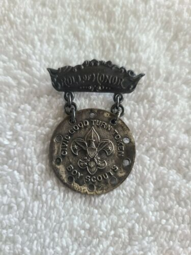 Boy Scouts of America Vintage Civic Good Turn Honor Roll Medal