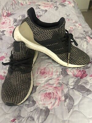 adidas boost trainers size 10