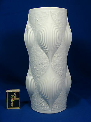 Unusual shaped 70´s Hutschenreuther Pop Art Design relief porcelain vase 27 cm
