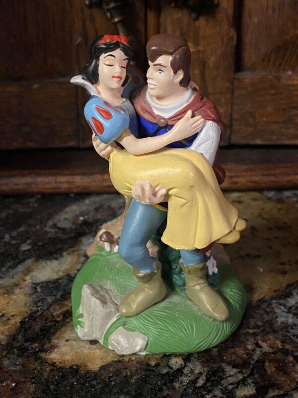 Disney Store Lil Classics Of Prince Holding Snow White PVC Figure