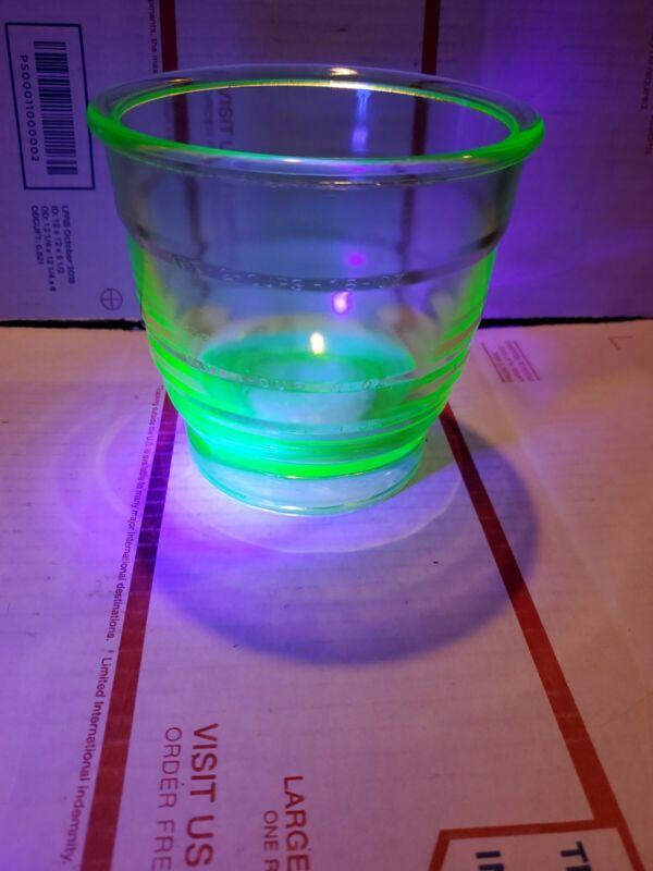 Rare MAXON GREEN VASELINE Measuring Cup 24 Oz. or 1 1/2 Cups URANIUM