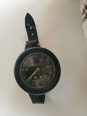 Vintage 60's Dacor Scuba Diving Thin Line Depth Watch 200 Meter