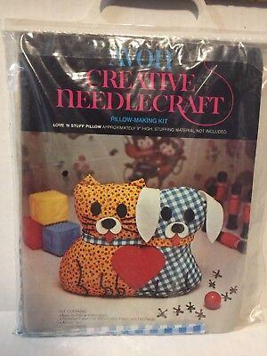 Avon Creative Needlecraft Pillow Making Kit Love N Stuff Pillow Cat And Dog ()