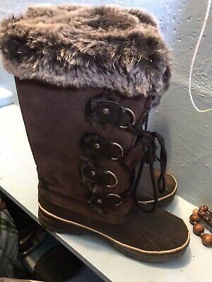 Size 7 Khombu Boots