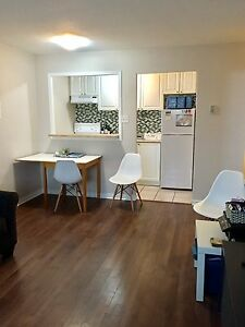 May - Clean, Spacious 1bd in Heart of Centertown West!