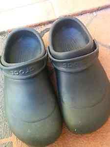 Crocs bistro shoes Millner Darwin City Preview