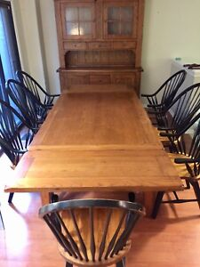 Large 8 person solid wood dining set with hutch