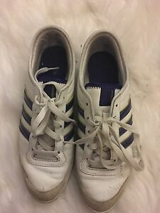 Adidas women's shoes  London Ontario image 2