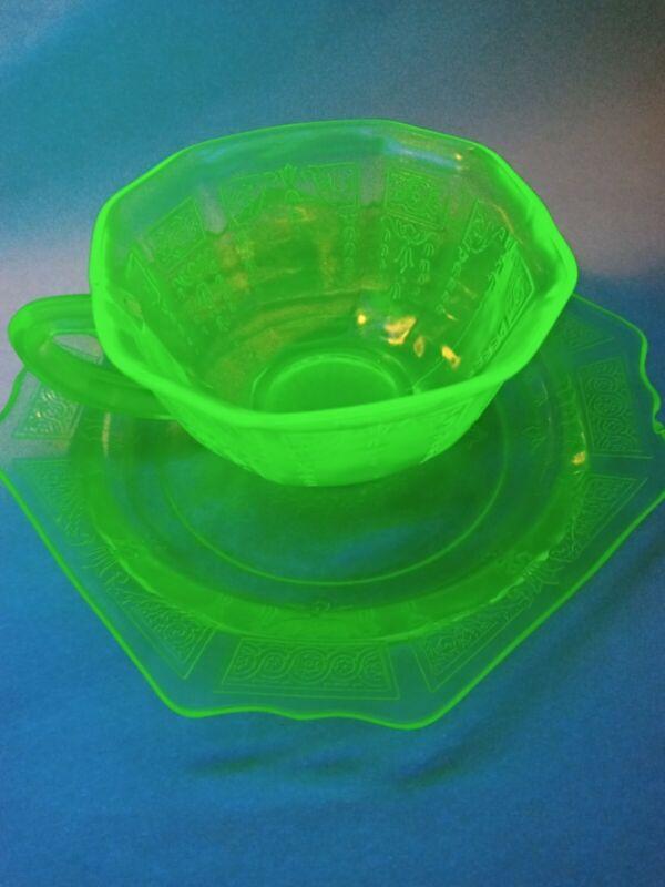 Vintage Jeannette Adam GREEN Vaseline Uranium Depression Glass CUP and SAUCER #2
