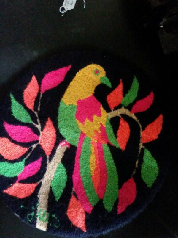 Latch Hook Seat Pad Parrot on Stem Green Orange Red Yellow