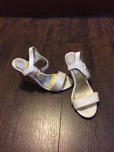 Women's size 6 shoes