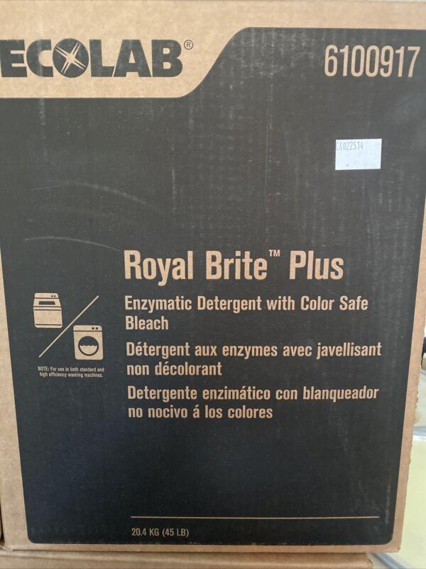 Ecolab 6100917 Royal Brite Plus Enzymatic Detergent w/Color Safe Bleach 45lbs