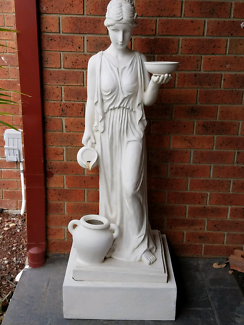 Lady statue / water feature..