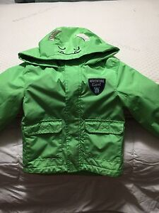 New condition carters 3T raincoat
