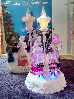 """Heritage Mint ® Christmas Lighted 11"""" Acrylic Carolers Lamp Post Color-Changing"""