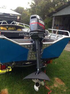 25hp Yamaha  Eleebana Lake Macquarie Area Preview
