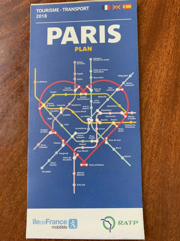 Map of Paris. 2018 TOURISME - TRANSPORT