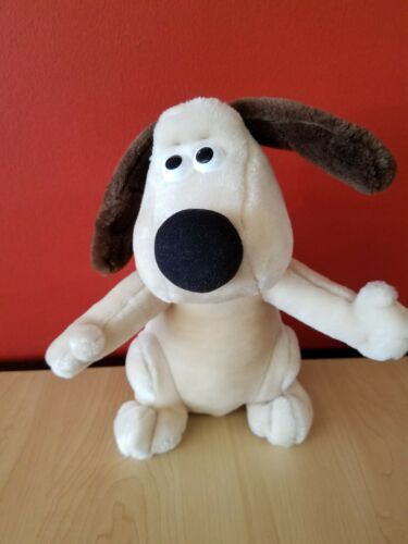 Wallace and Gromit  Gromit Plush Toy 1989 Aardman Used Made to Play