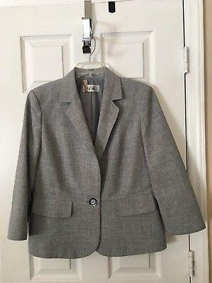 Womans LeSuit Gray Pant Suit - Size 12