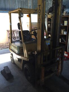 Toyota Forklift 1t manual  North Tivoli Ipswich City Preview