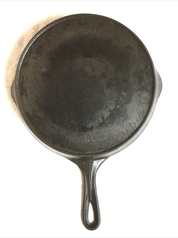 Vintage Cast Iron NATIONAL SKILLET 8D With Heat Ring Sits Flat