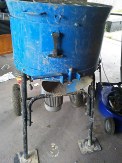 Cement / Screed Mixer top loaded