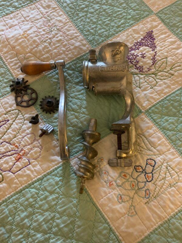 Vintage UNIVERSAL No. 72 Hand Crank Iron Meat Grinder Food Chopper Kitchen